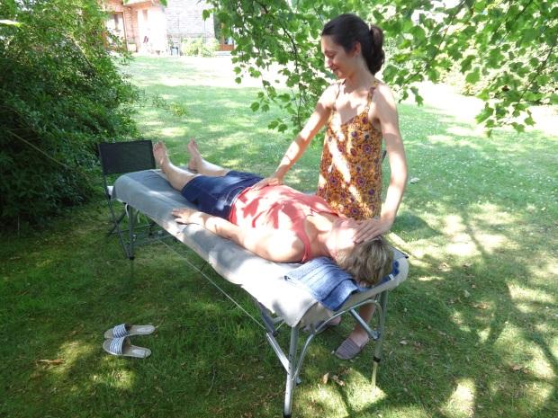 L'ÊTRE EN MAINS relaxation réflexologie énergétique reiki massages bien-être Lille Justine MARTIN